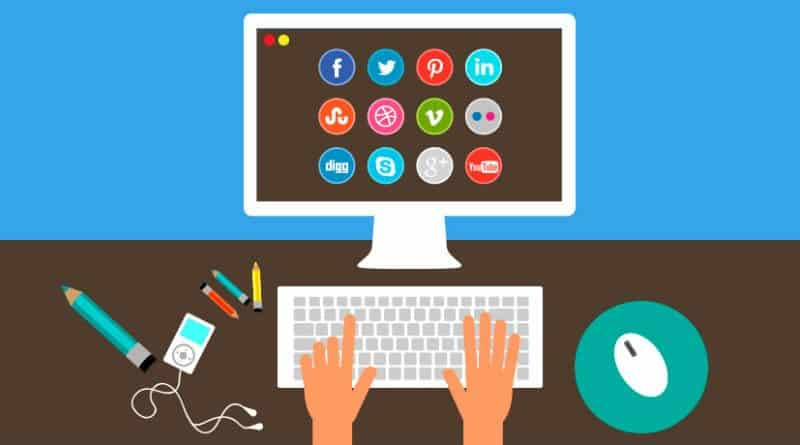 Jobs-Where-You-Work-Alone-From-Home-Social-Media-Manager